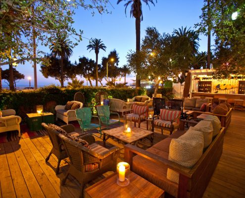 the bungalow santa monica patio seating at night