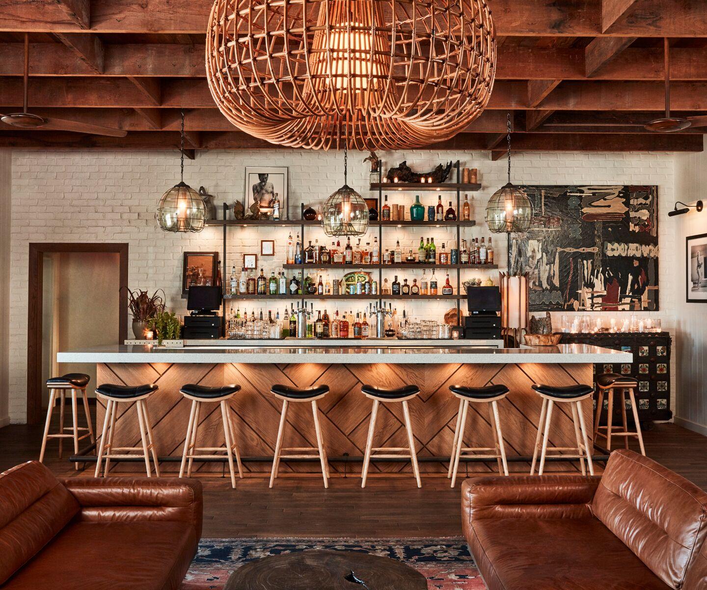Bungalow Bar And Restaurant: The Bungalow Huntington Beach