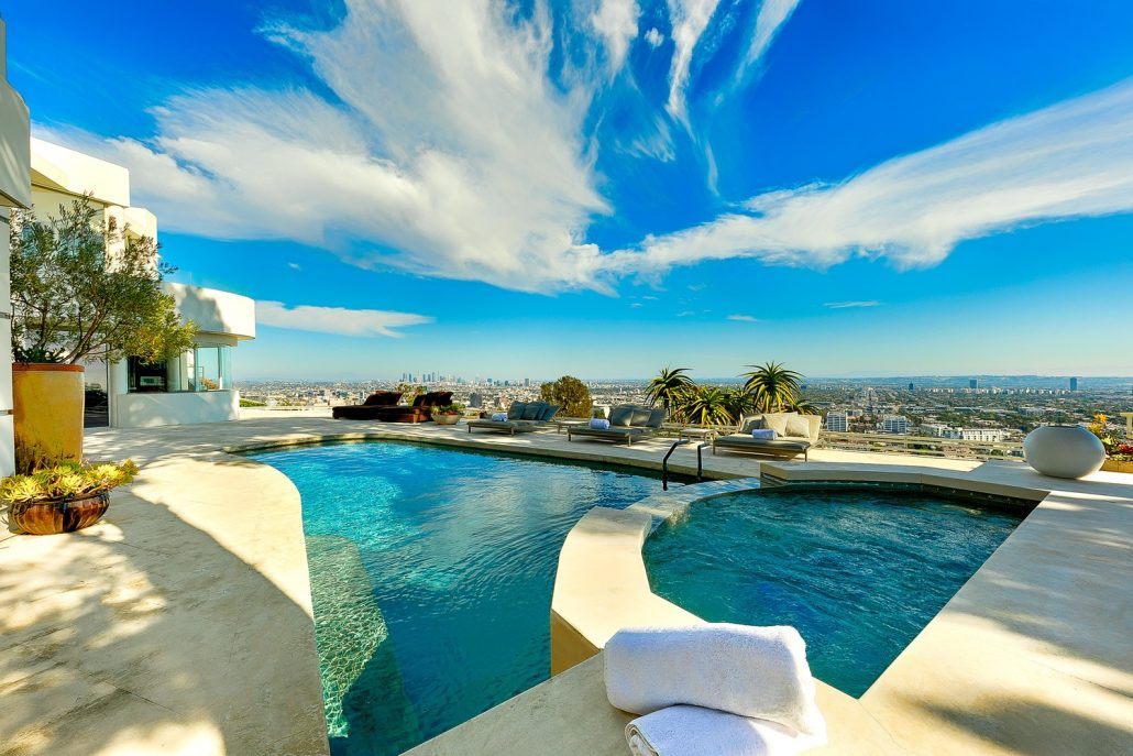 hollywood hills villa rental pool