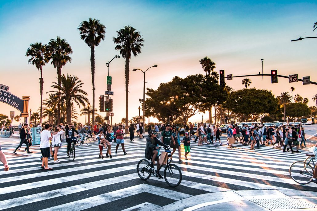 santa monica pier entrance crosswalk with people