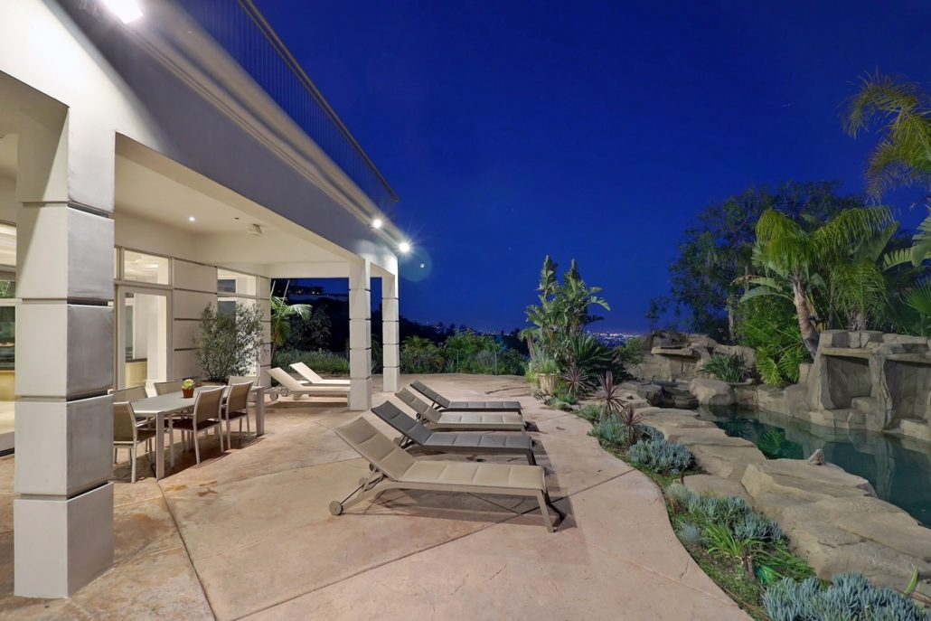 beverly hills villa rental trousdale backyard