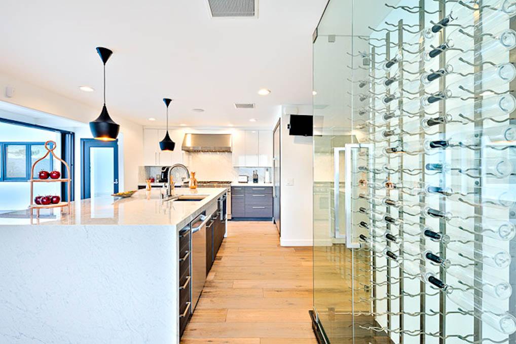 beverly hills villa rental kitchen wine