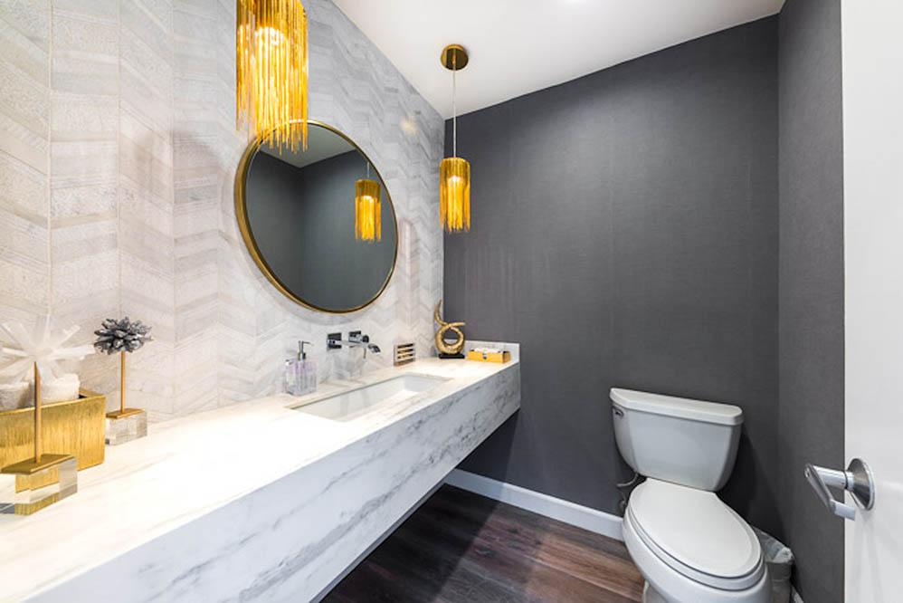 beverly hills villa rental bathroom