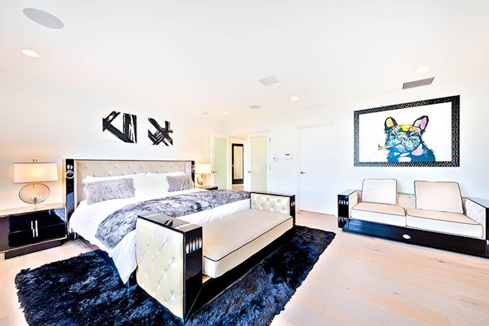 beverly hills villa rental bedroom