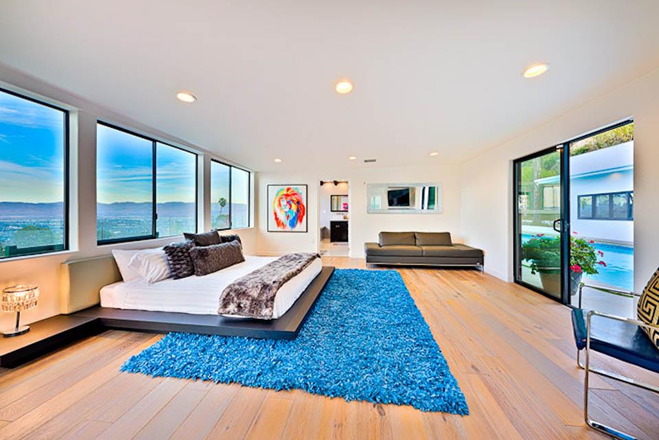 beverly hills villa rental master bedroom
