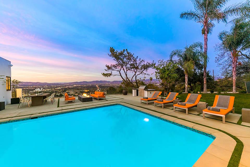 beverly hills villa rental pool