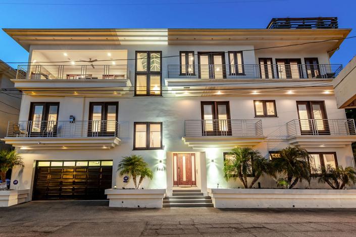 hollywood hills villa rental entrance