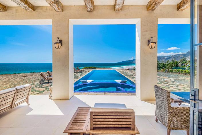 oceanside malibu villa rental