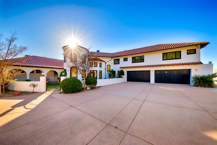 malibu villa rental front entrance garage