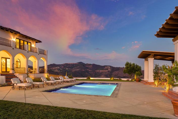 malibu villa rental pool during sunset