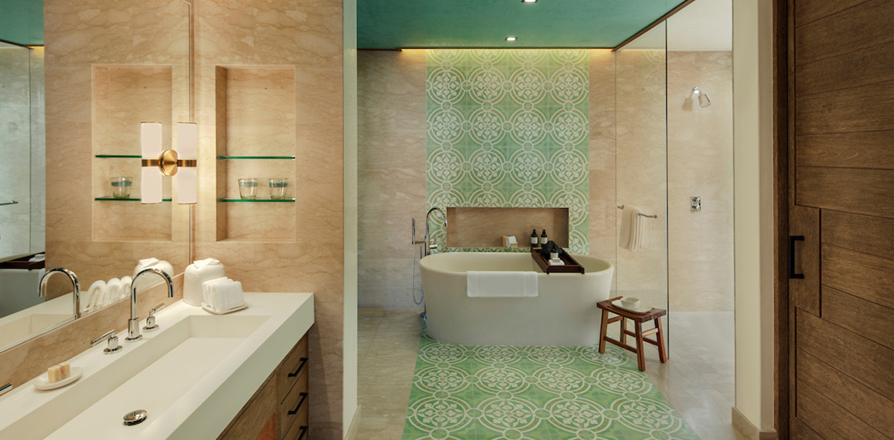 chileno bay spa suite bathroom