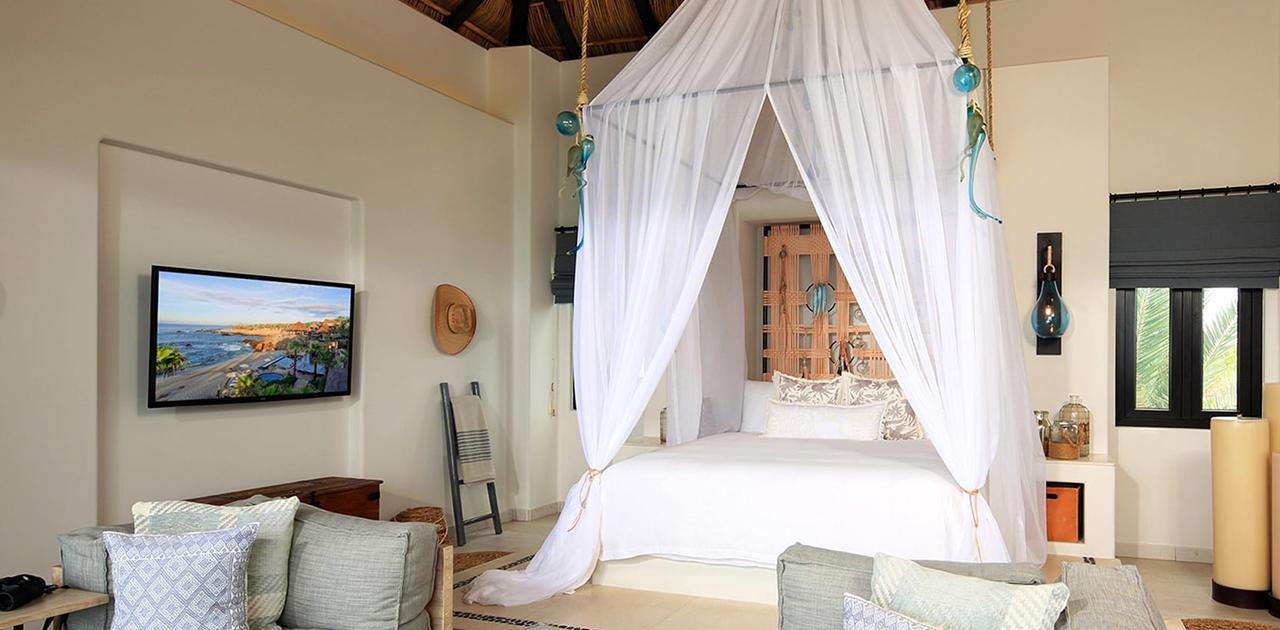 esperanza cabo oceanview penthouse suite bedroom