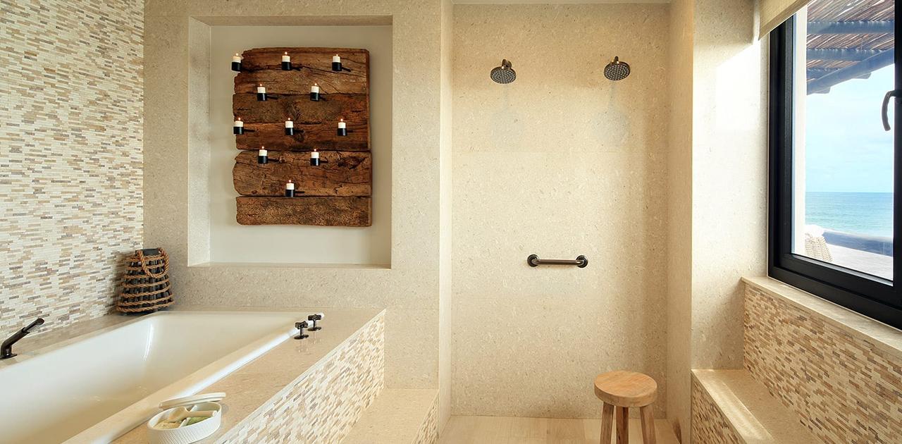 esperanza cabo oceanview penthouse suite bathtub