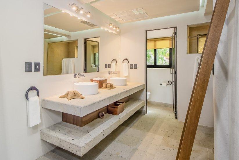 cabo villa rental bathroom