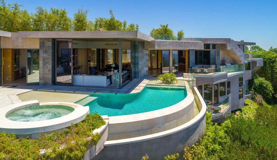 hollywood hills villa rental pool view