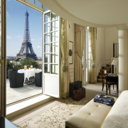 shangri-la paris view of Eiffel tower bedroom