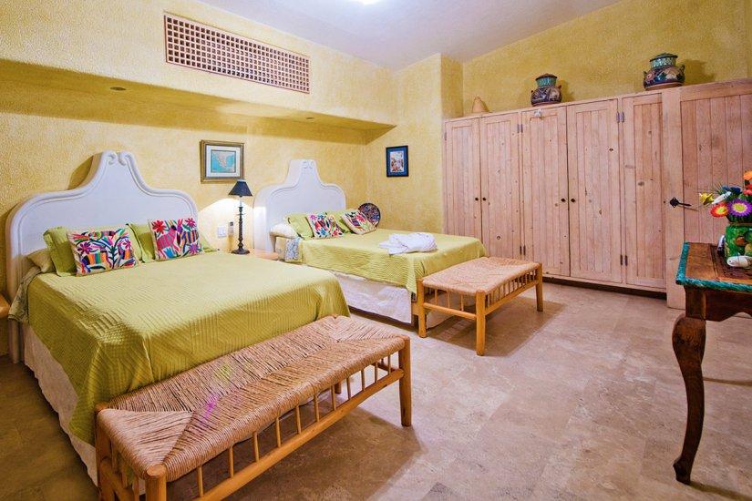 cabo villa rental guest bedroom