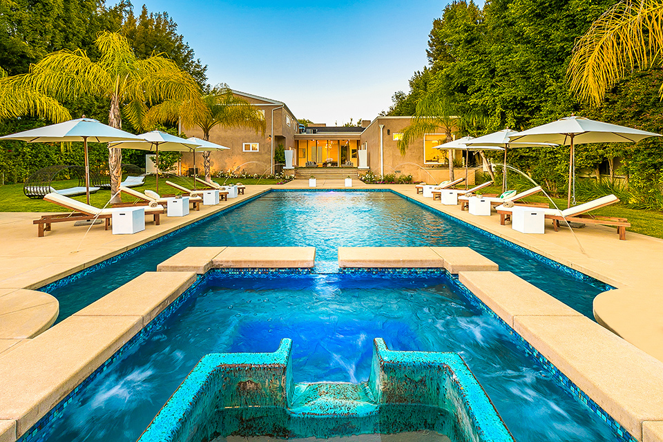 beverly hills villa rental pool with jacuzzi spa