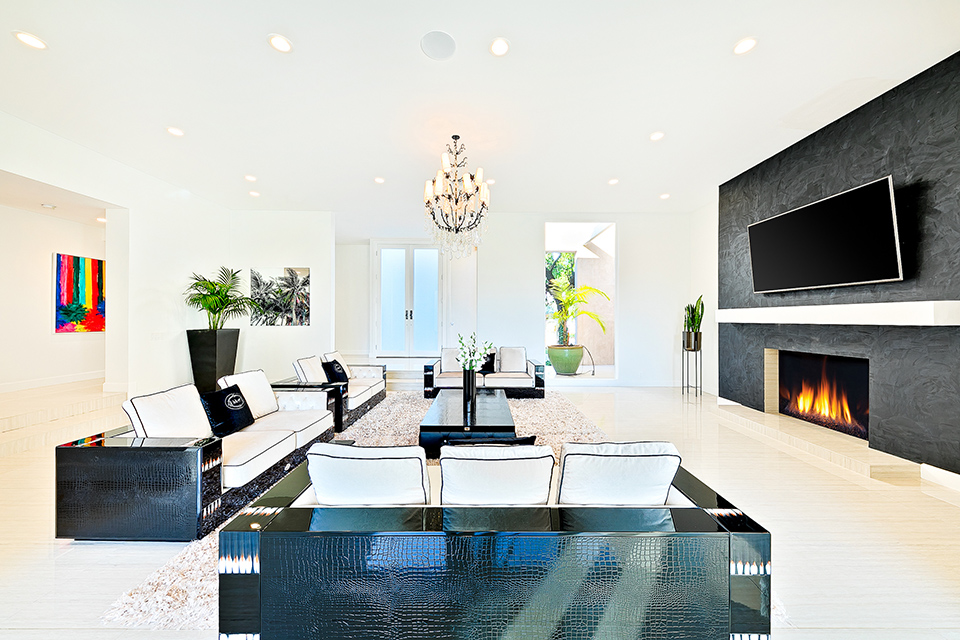 beverly hills villa rental family room fireplace