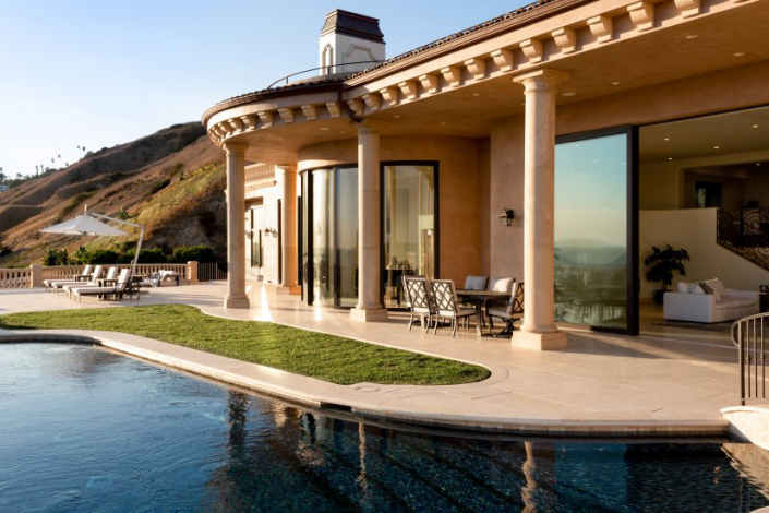 malibu villa rental exterior pool
