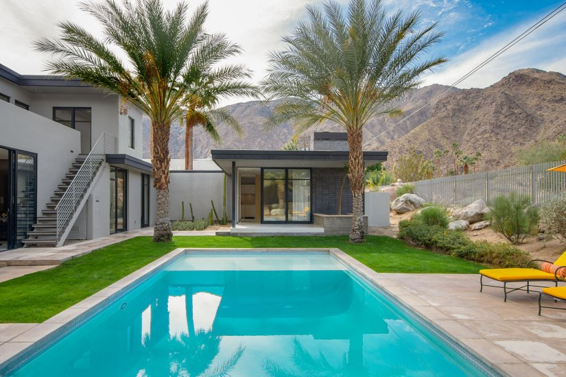 palm springs villa rental pool with palm trees