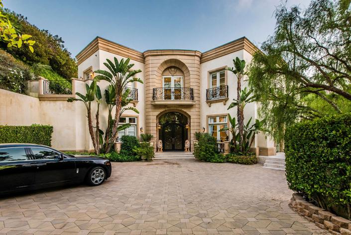 shadow hills luxury villa rental beverly hills entry