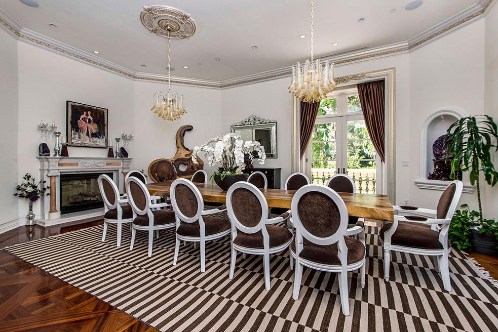 beverly hills villa rental dining room
