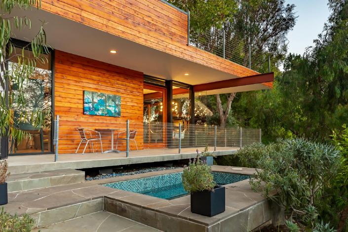 hollywood hills treehouse rental