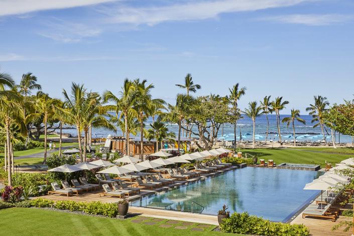 best luxury hotels in hawaii mauna lani