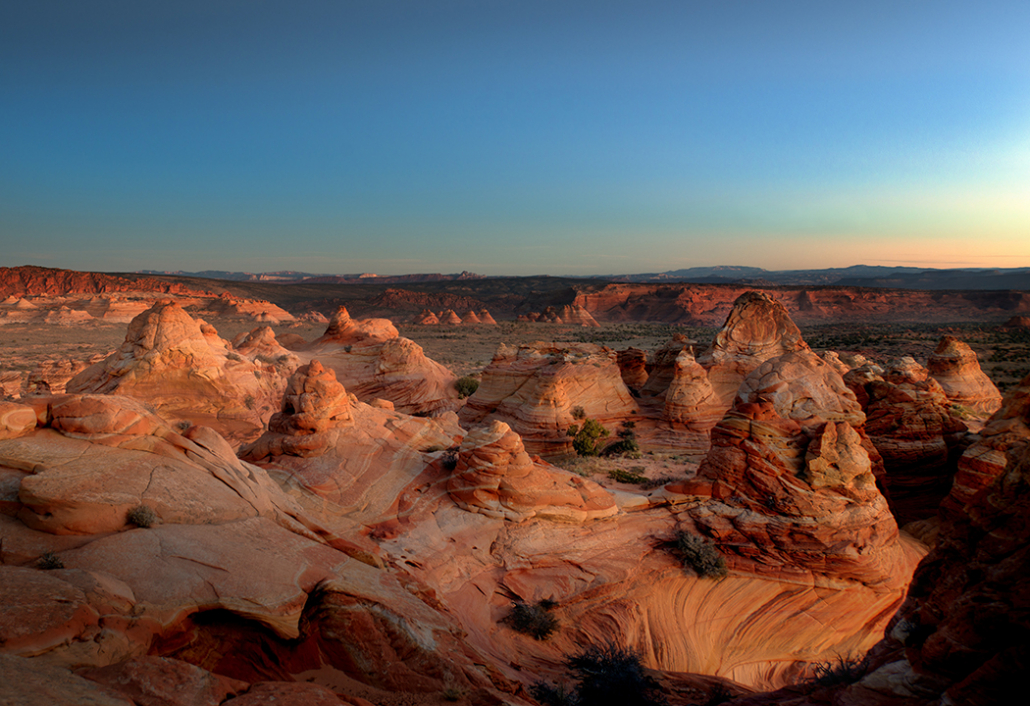 Coyote Buttes morning mountain landscape